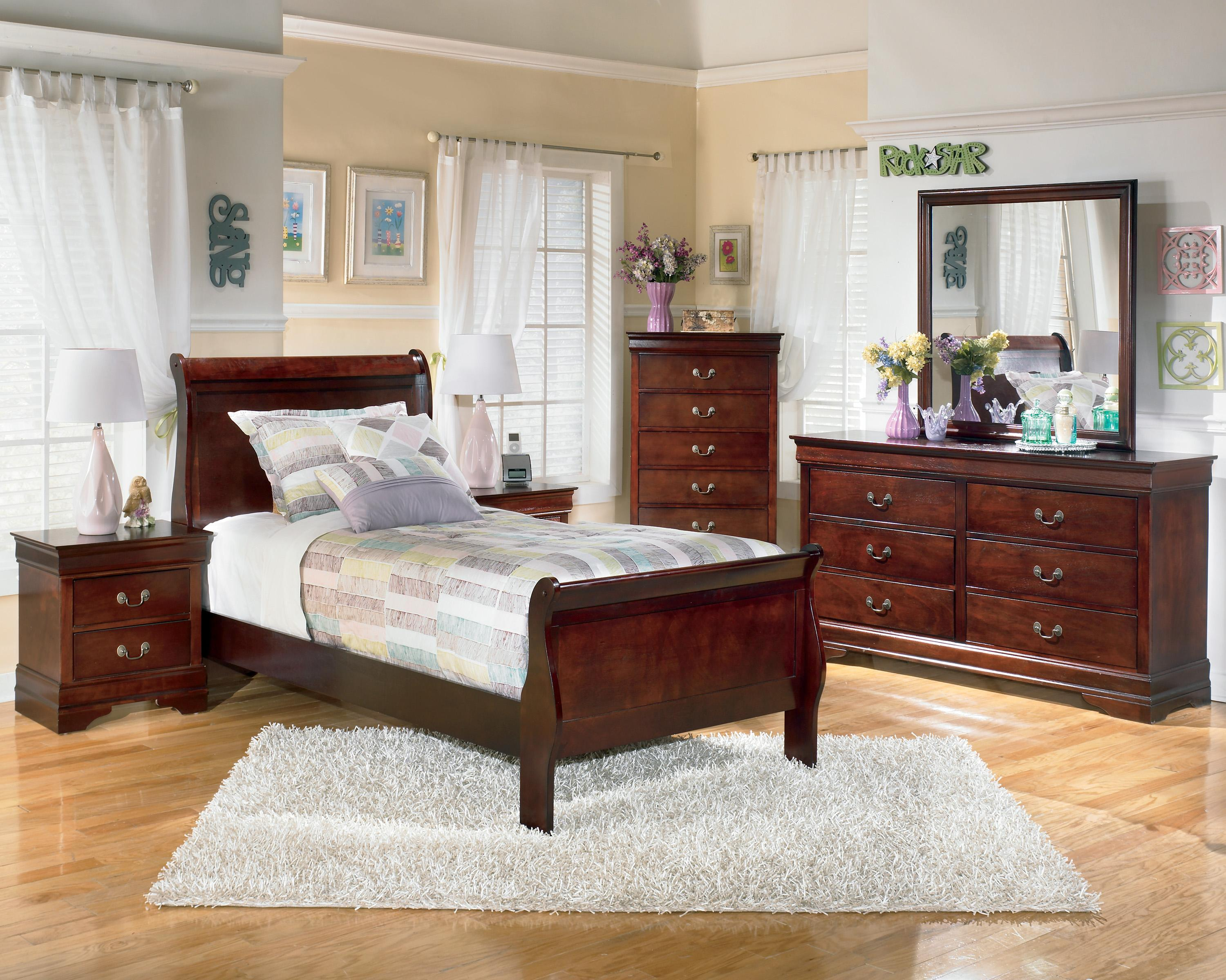Signature Design by Ashley Alisdair 3 Piece Twin Bedroom Group - Item Number: B376 T Bedroom Group 1