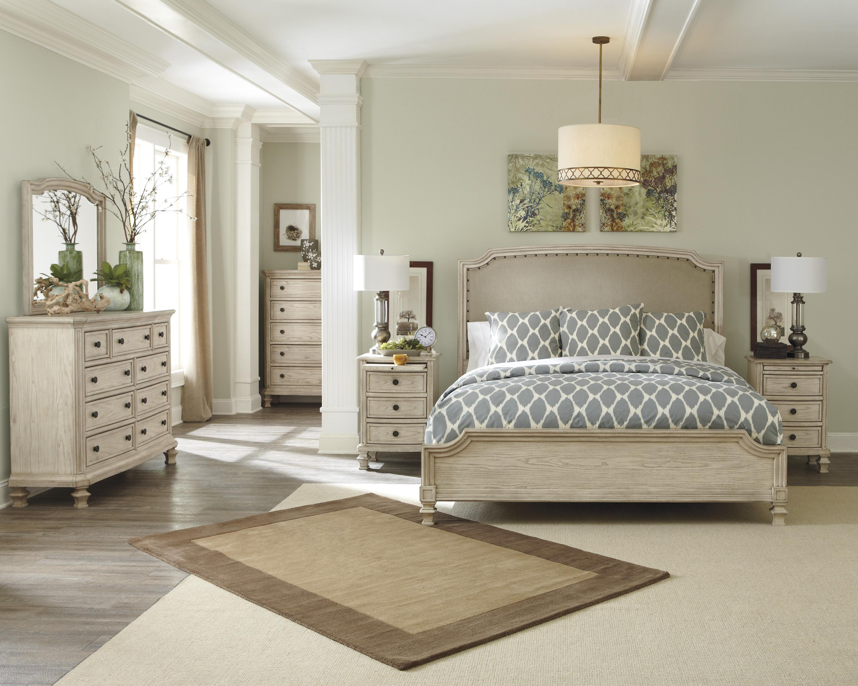 Signature Design by Ashley Demarlos Queen Bedroom Group - Item Number: B693 Q Bedroom Group 2