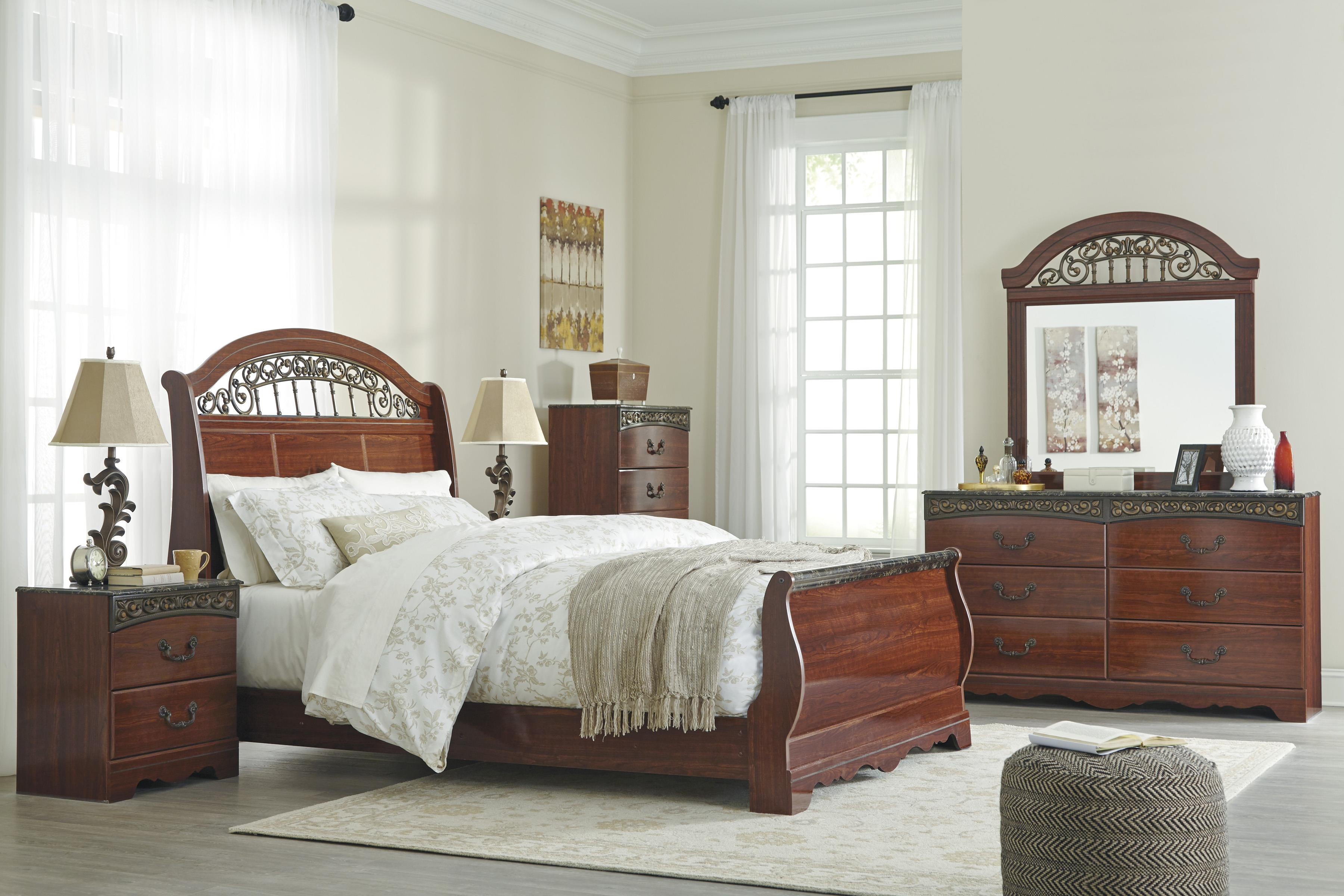 Signature Design by Ashley Fairbrooks Estate Queen Bedroom Group - Item Number: B105 Q Bedroom Group 6