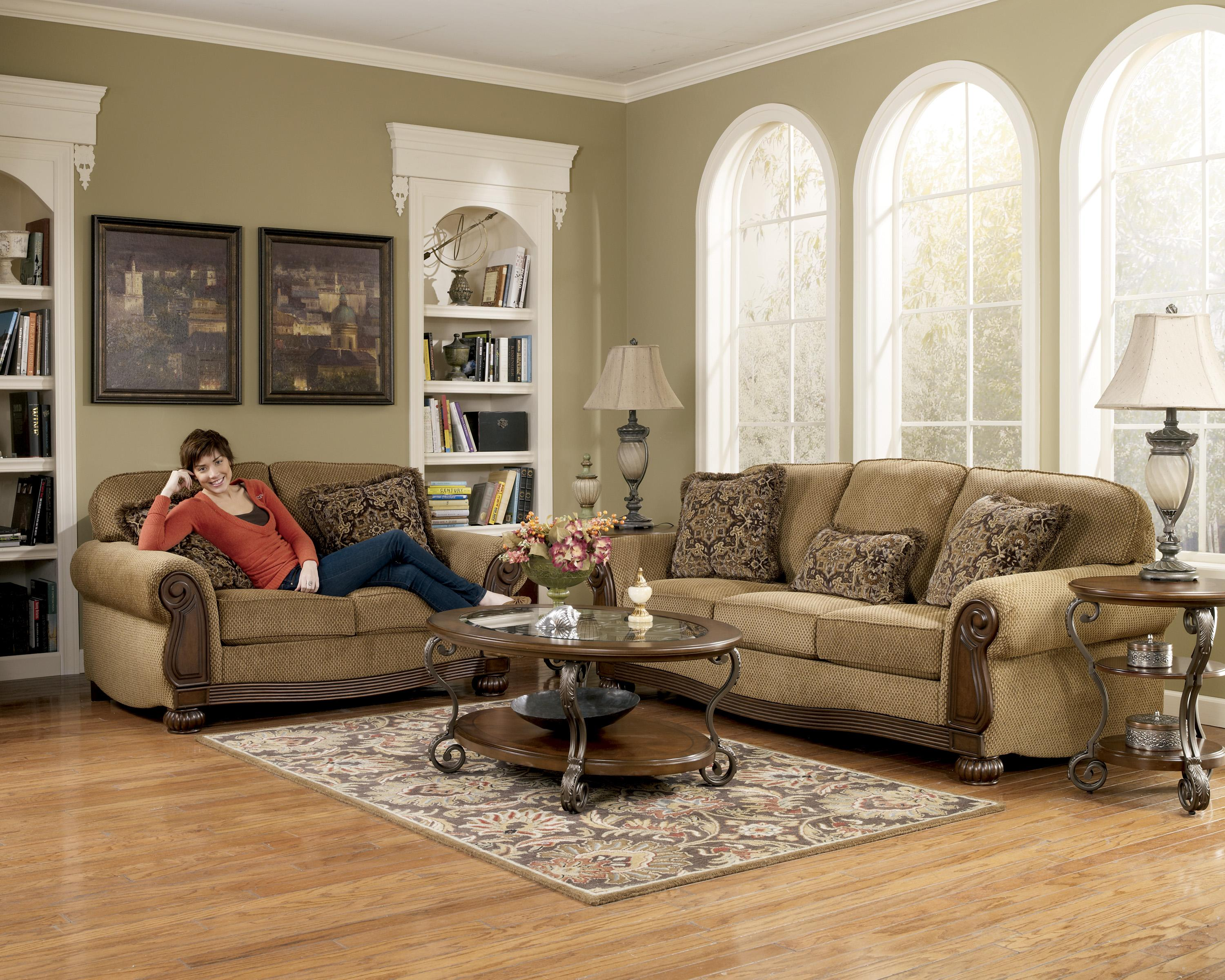 Lynnwood Amber 68500 By Signature Design By Ashley Del Sol Furniture Signature Design By