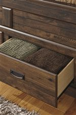 Footboard Drawers on Poster Bed with Storage