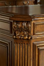 Intricate Fluted Posts with Egg and Dart Mouldings