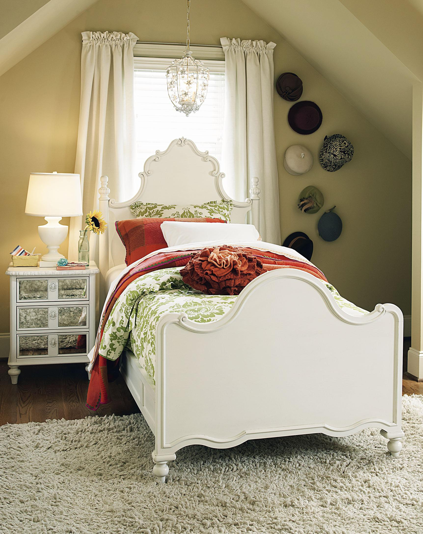 Smartstuff Bellamy Full Bellamy's Bed Bedroom Group - Item Number: 330A F Bedroom Group 5
