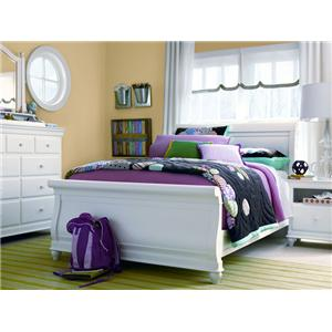 Morris Home Furnishings Sherwood 7-Drawer Dresser & Vertical Beveled Edge Mirror