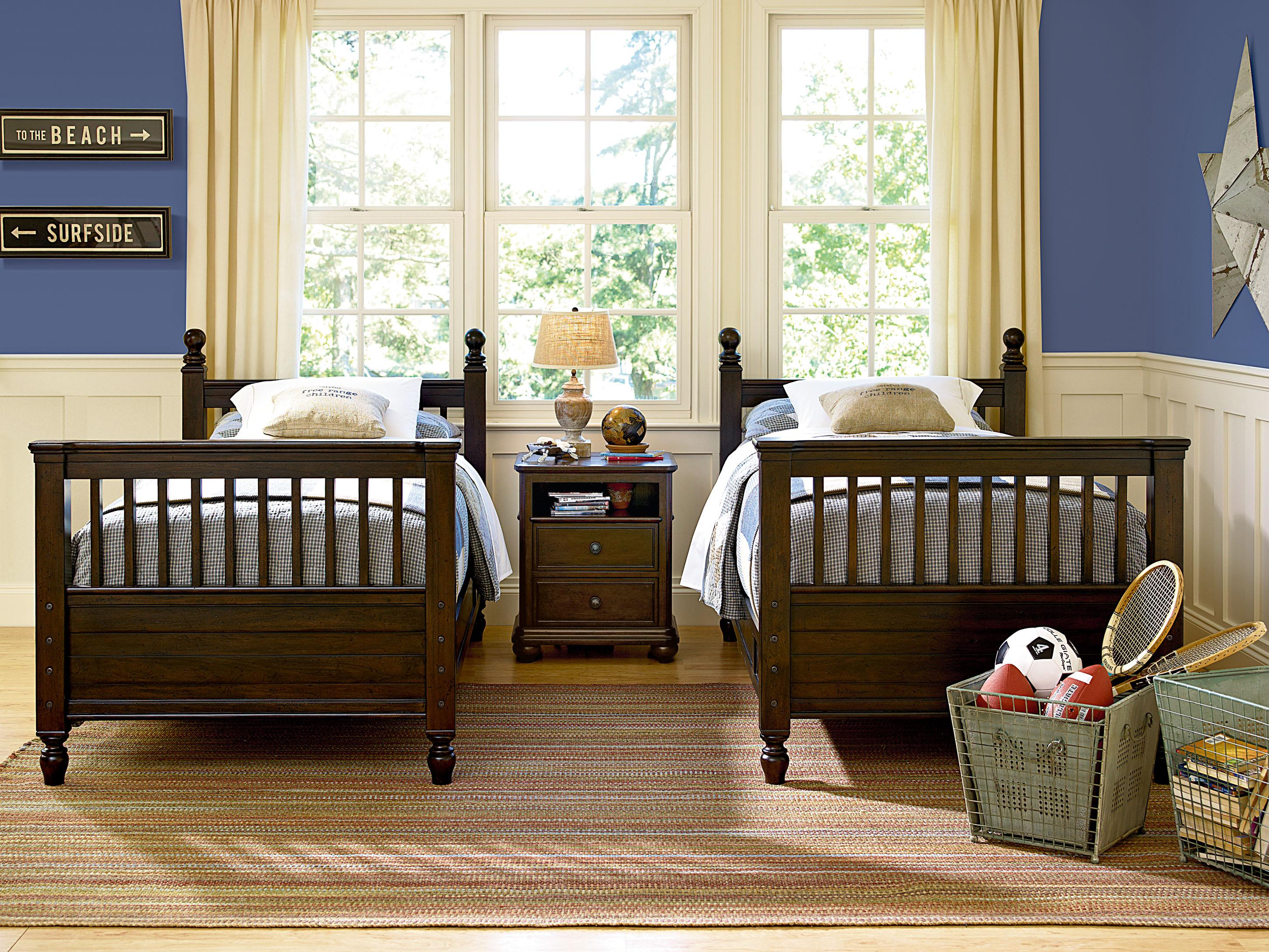 Paula Deen Bedroom Furniture Collection Steel Magnolia Smartstuff Paula Deen Guys Convertible Crib With Tapered Bun