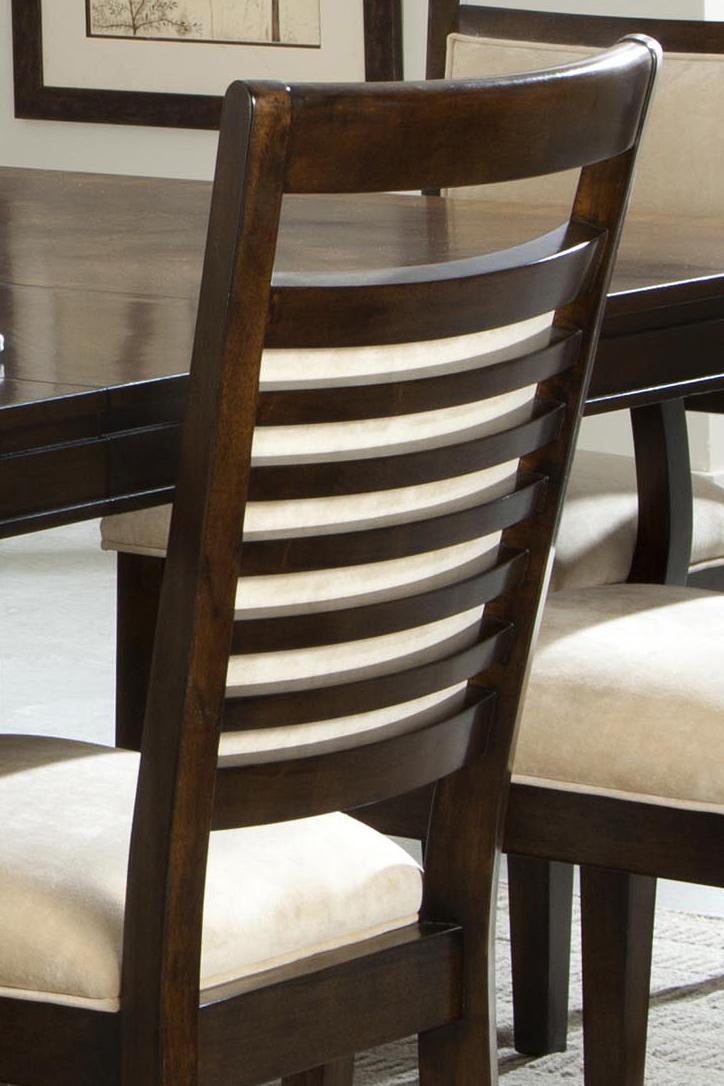 Avion 17820 By Standard Furniture Royal Furniture