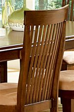 Gently Curved Slat Backrests on Dining Chairs