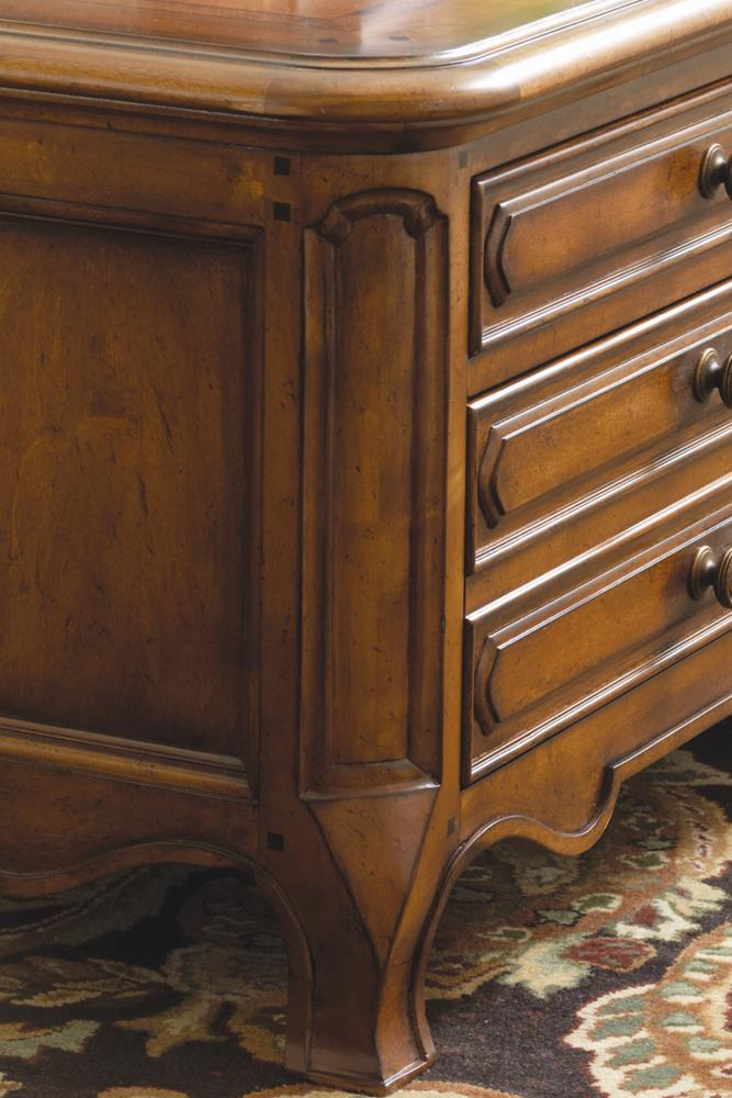 rivage warm cognac by thomasville story u0026 lee furniture thomasville rivage dealer - Thomasville Bedroom Furniture