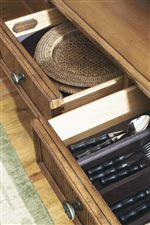 Organization Space Offered Adds Ample Functionality to Delightful Design