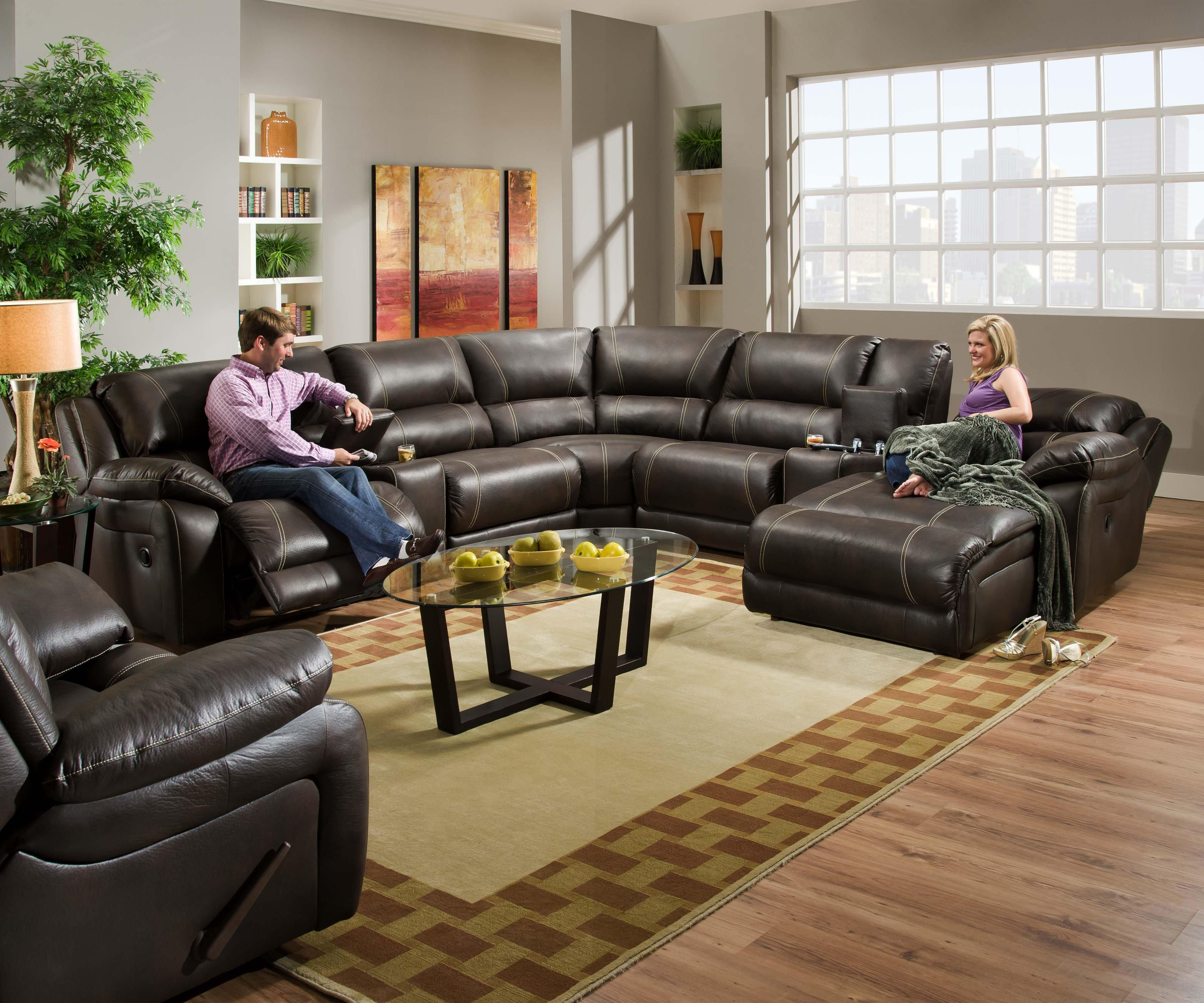 660 Reclining Living Room Group by United Furniture Industries at Dream Home Interiors