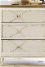 Elegant Molding on Select Drawer Fronts