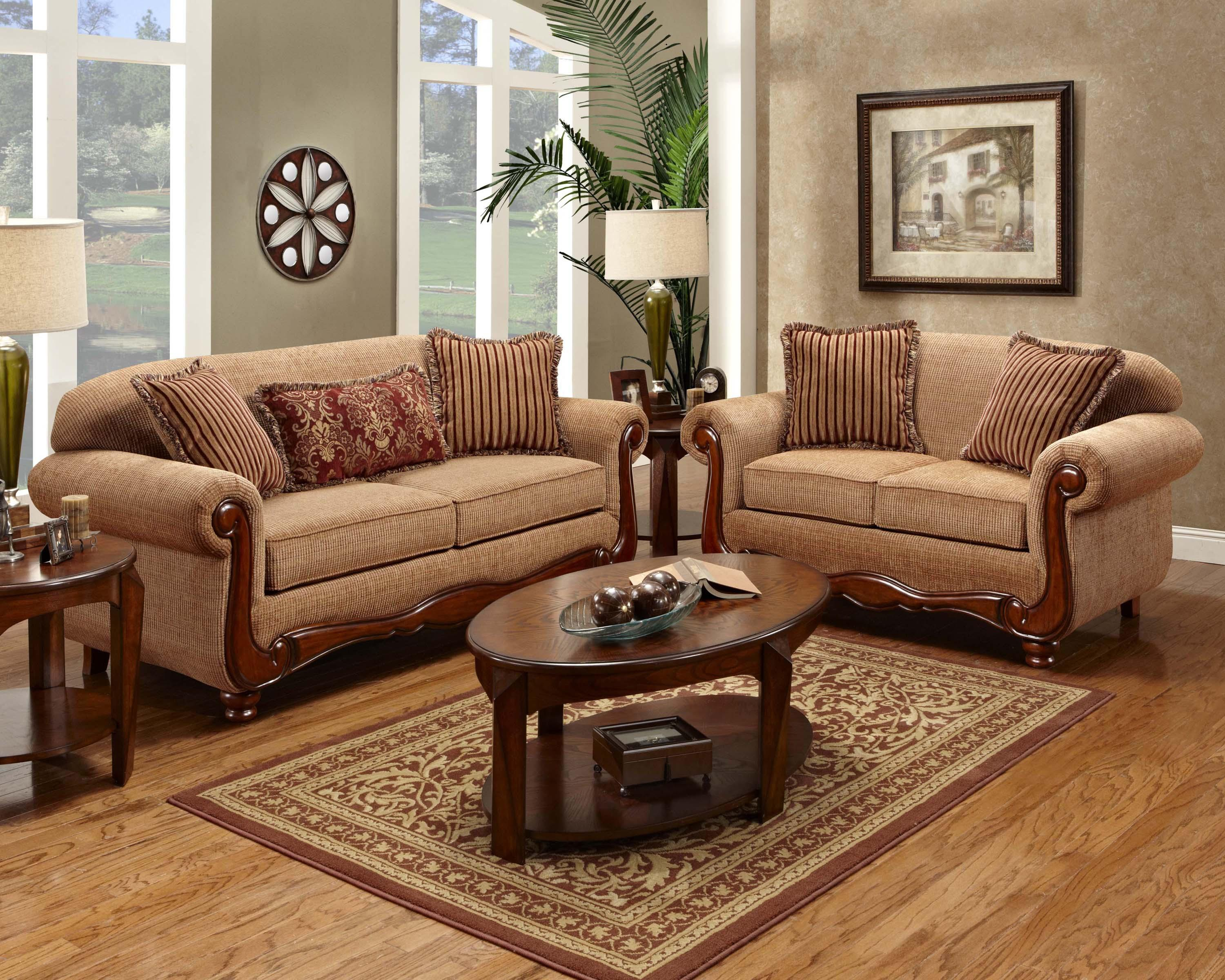 Washington Furniture Traditional Sofa with Rolled Arms