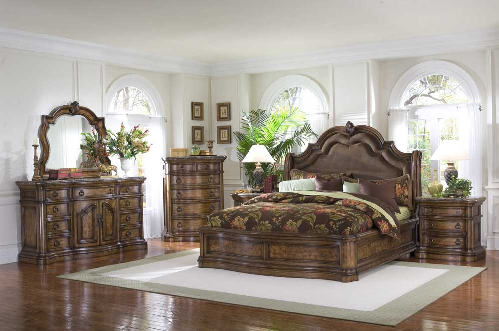 San Mateo Queen Bedroom Group by Pulaski Furniture at Alison Craig Home Furnishings