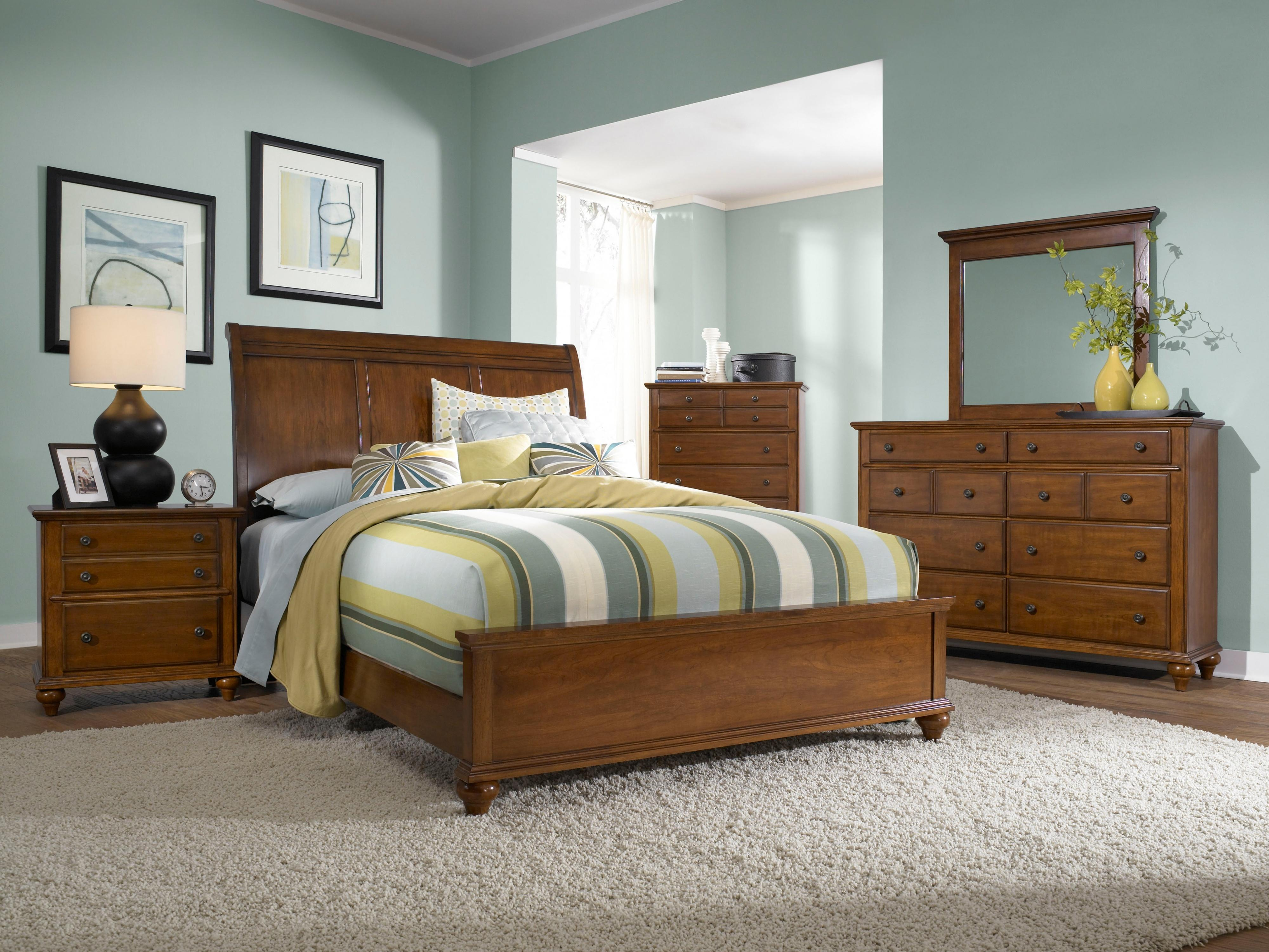 Hayden Place (4648) By Broyhill Furniture