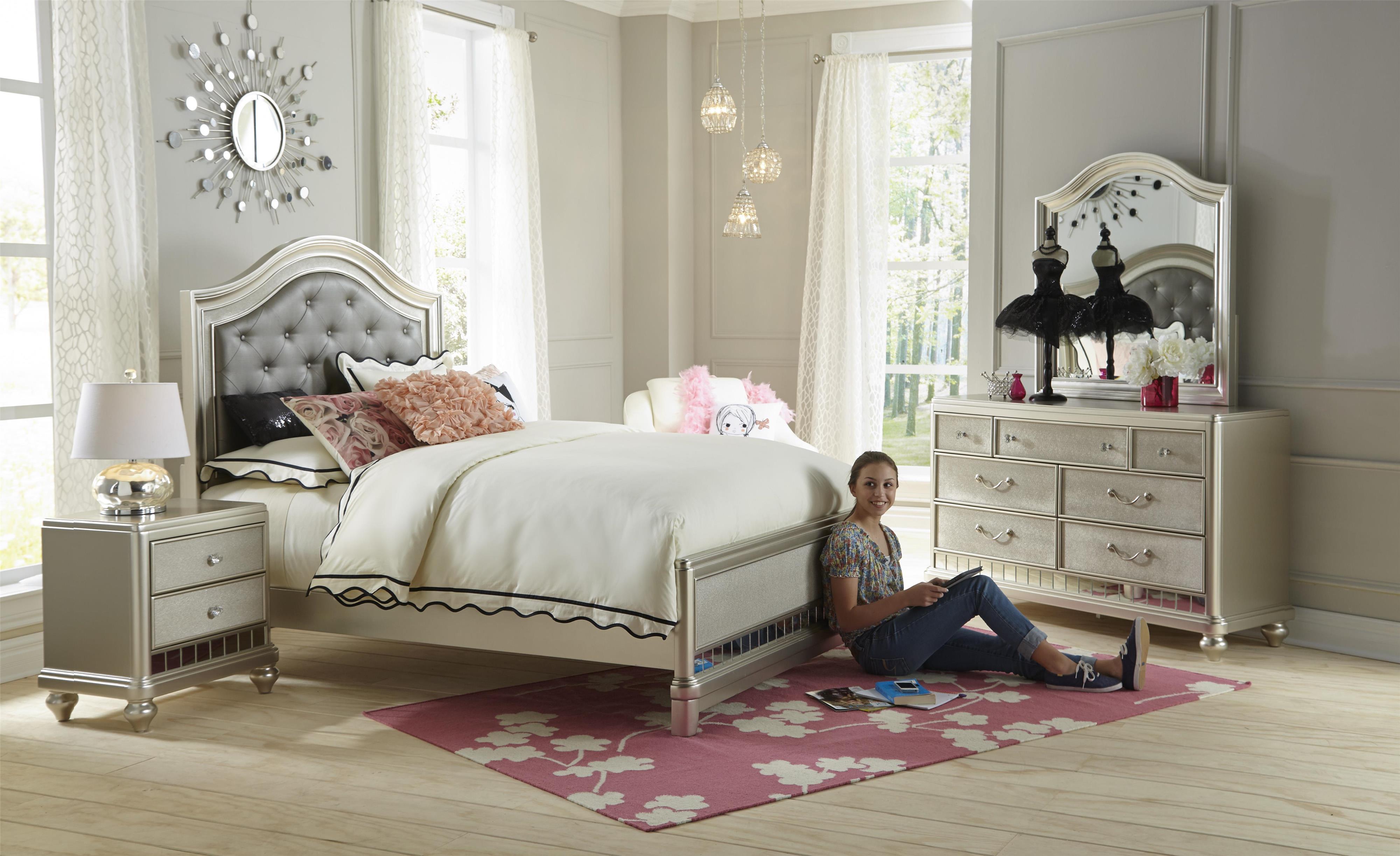 Samuel Lawrence Lil Diva Full Bedroom Group Miskelly Furniture Bedroom Groups
