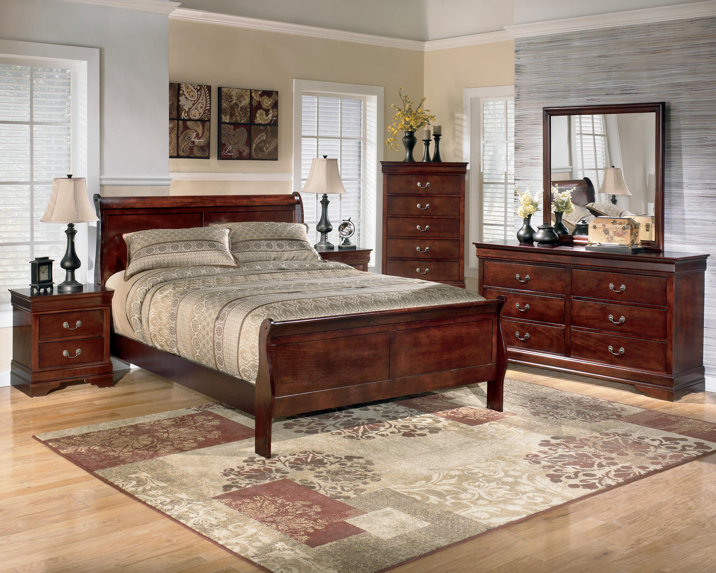 Signature Design By Ashley Alisdair 5 Piece Queen Bedroom Group Olinde 39 S Furniture Bedroom Group