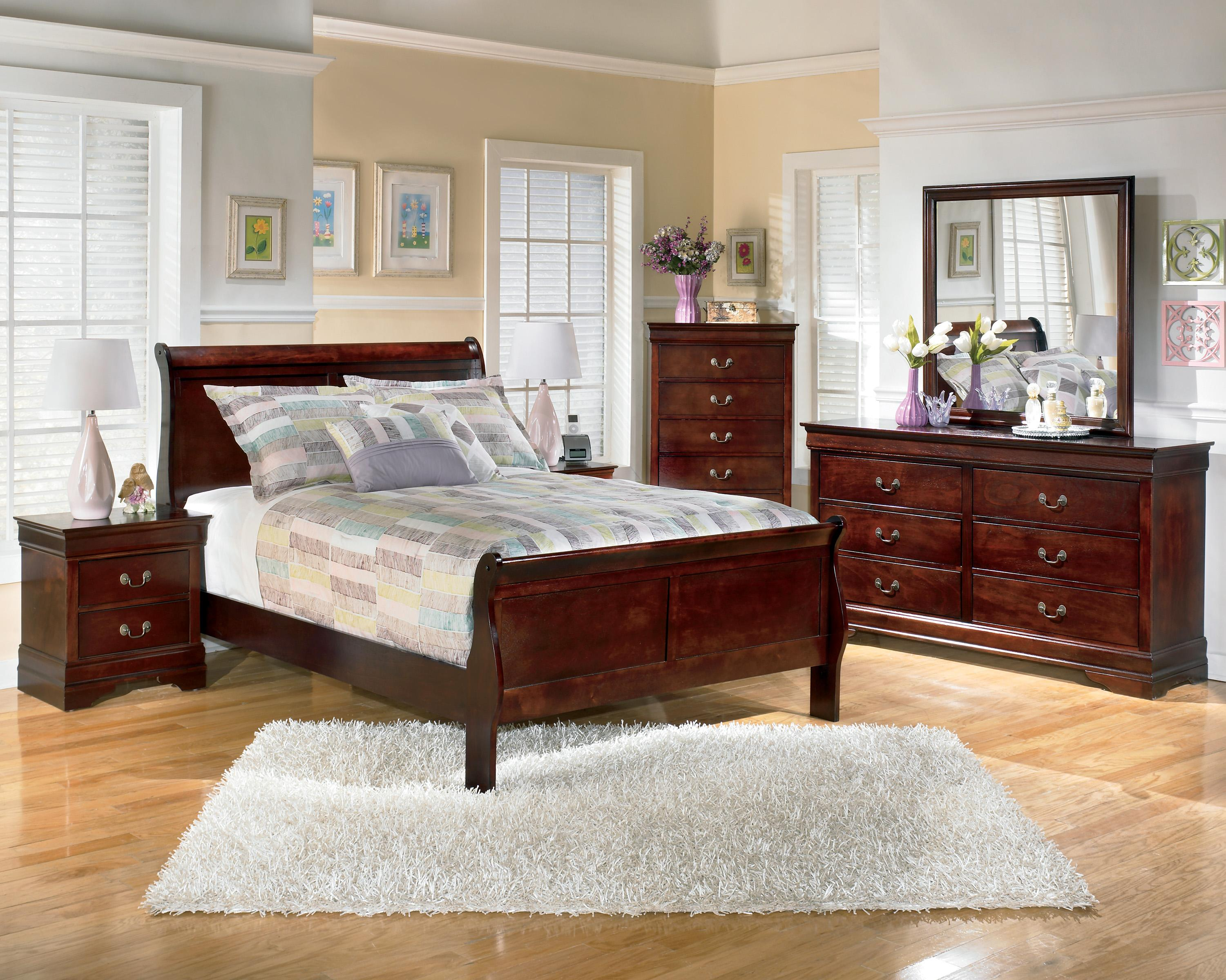 Ashley signature design alisdair 5 piece full bedroom for Signature bedroom furniture