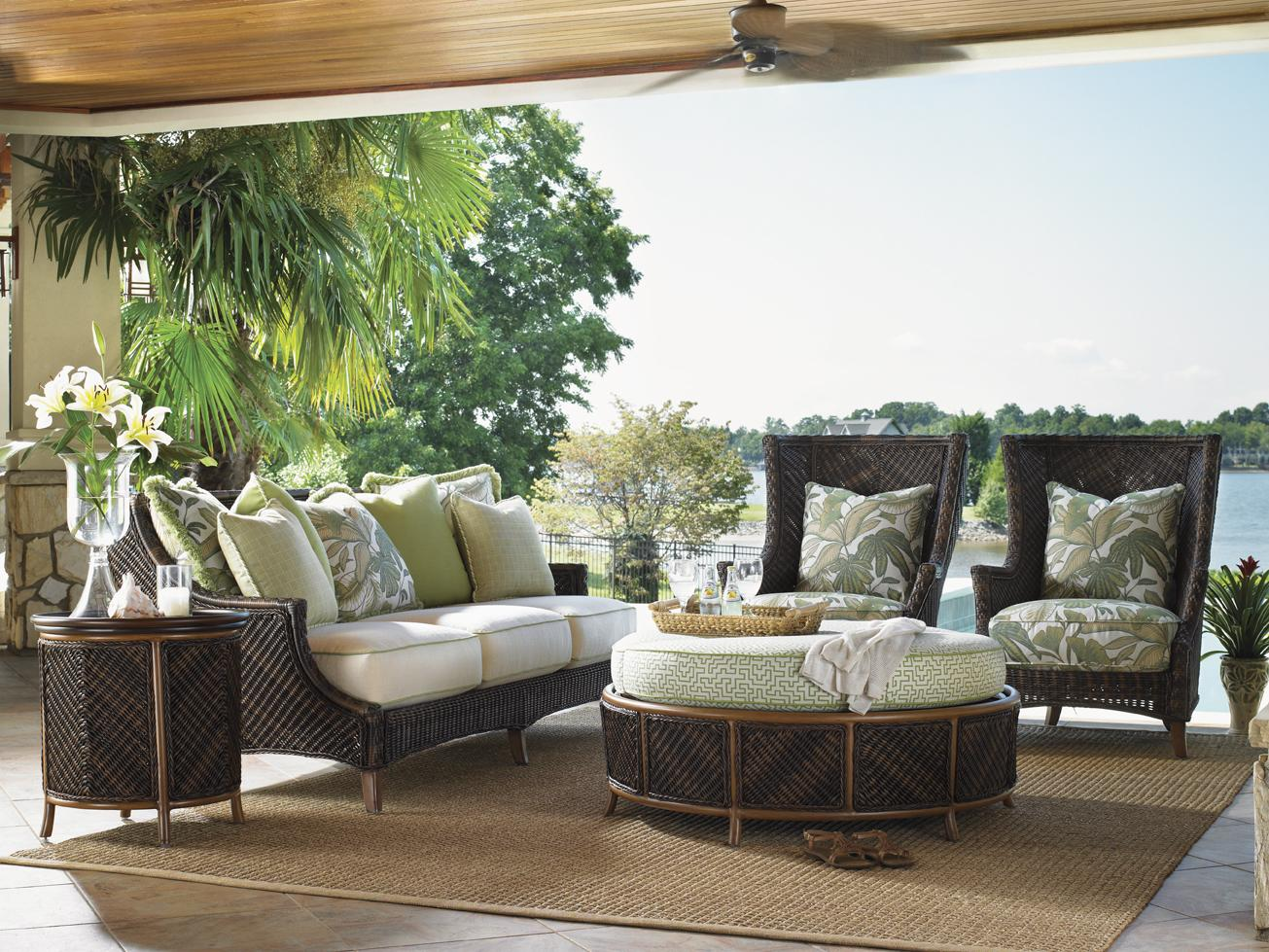 Island estate lanai 3170 by tommy bahama outdoor living for Sofas mimbre exterior