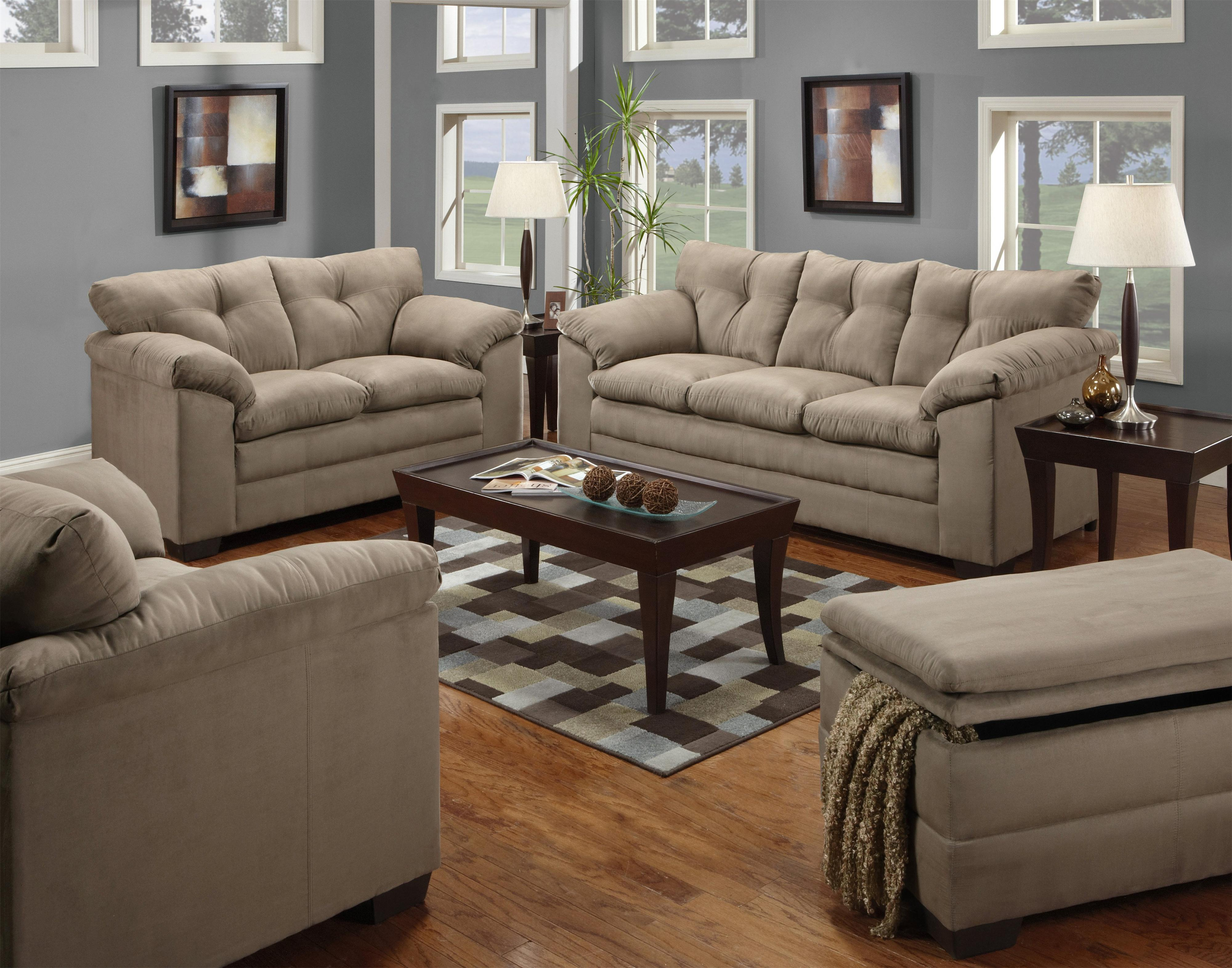 United Furniture Industries 6565 Stationary Living Room
