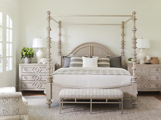 Barclay glamour bedroom design