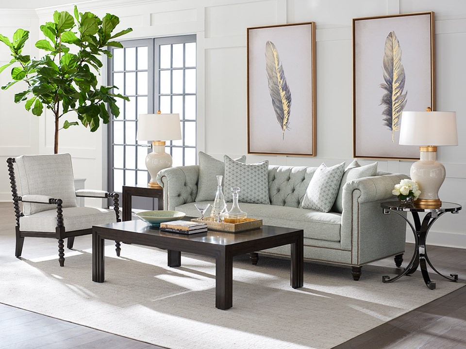 Barclay glamour living room design