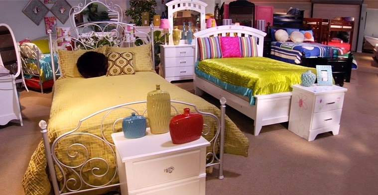 roomstore kids bed