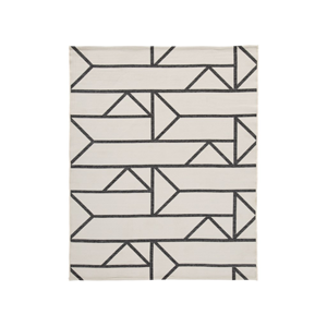 Black and white rug with geometric pattern