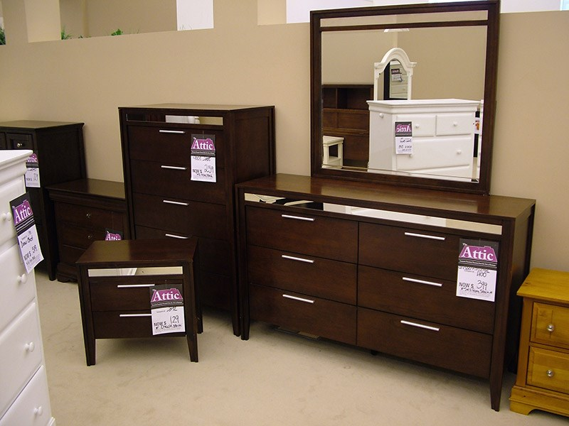 Clearance Bedroom Set