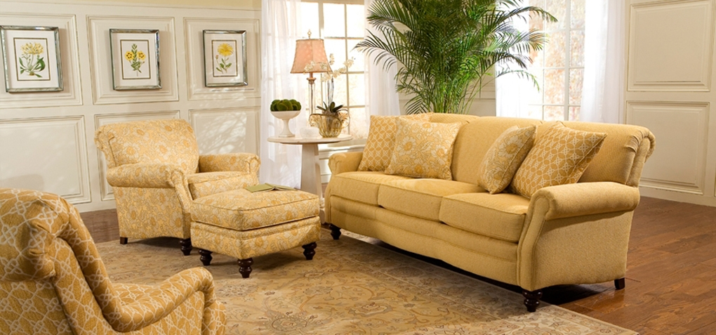 Living Room Sofas Recliners Sectionals Chairs Lift Love Seats Accents Ottomans