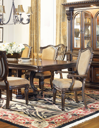 Heirloom Classic dining room