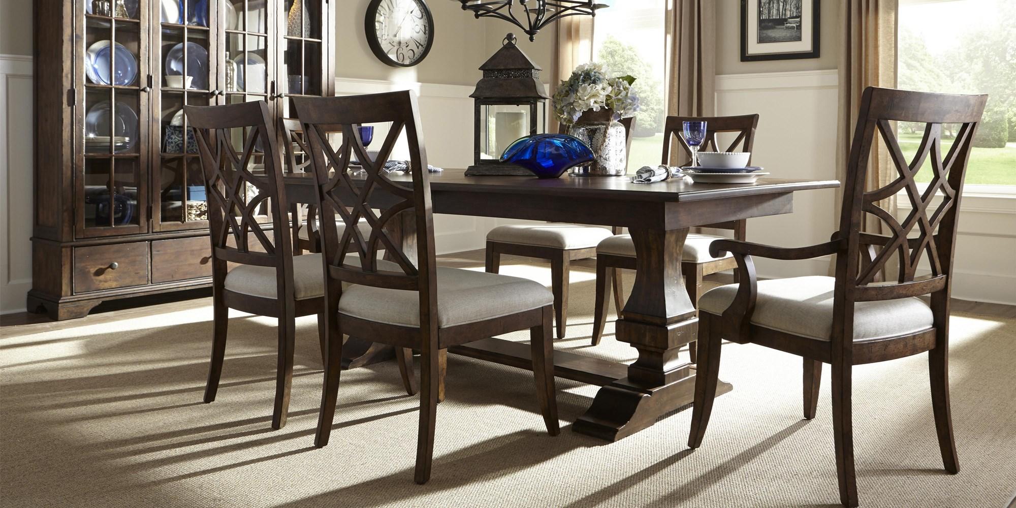 Trisha Yearwood Dining Set