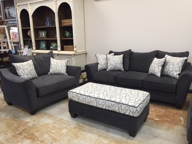 clearance and discount living room and upholstery furniture minnesota. Black Bedroom Furniture Sets. Home Design Ideas