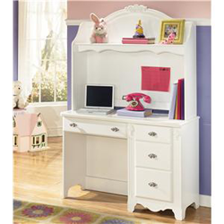 Kids white desk with pink accents