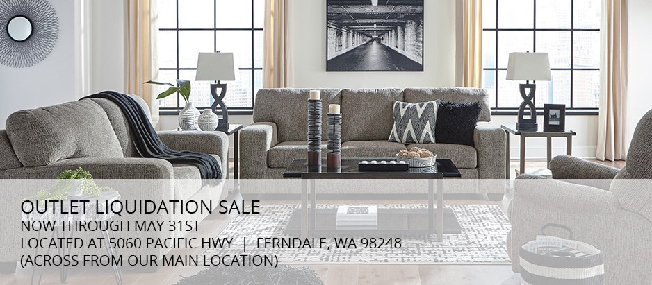 outlet liquidation sale