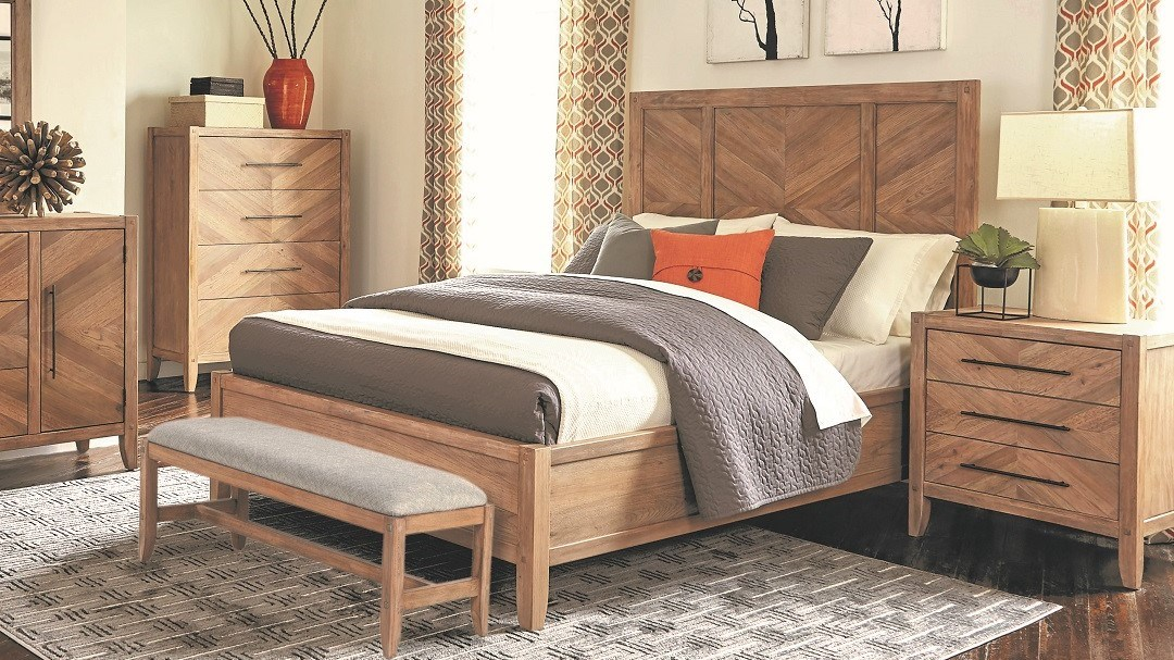 Auburn Bedroom
