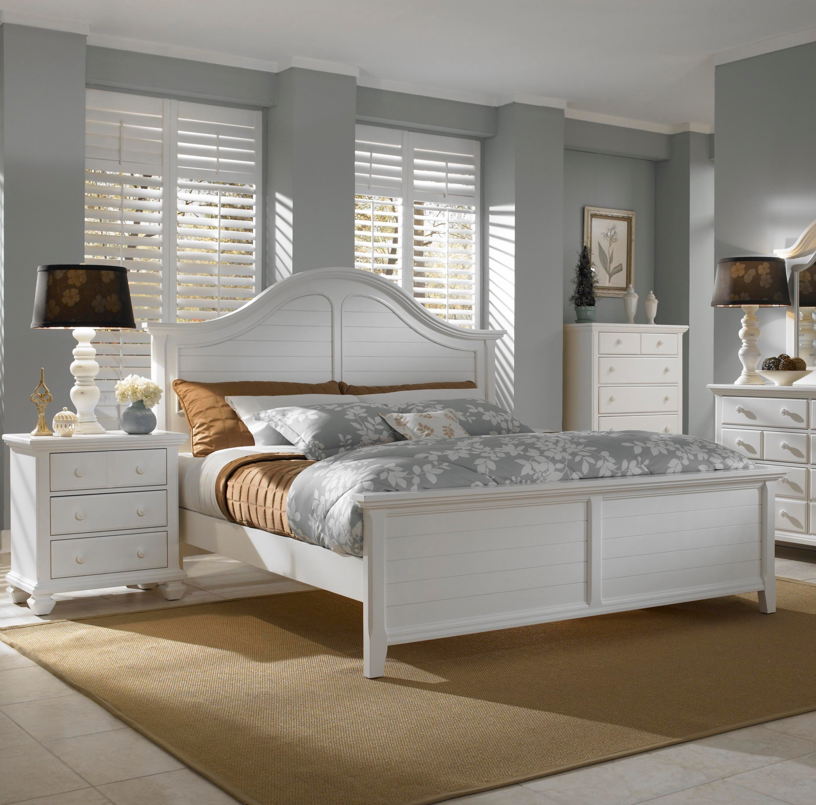 White Small Scale Bedroom Furniture