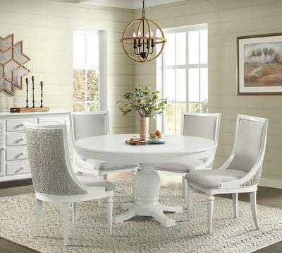 Stillwater Harbortown Round Pedestal Dining Table
