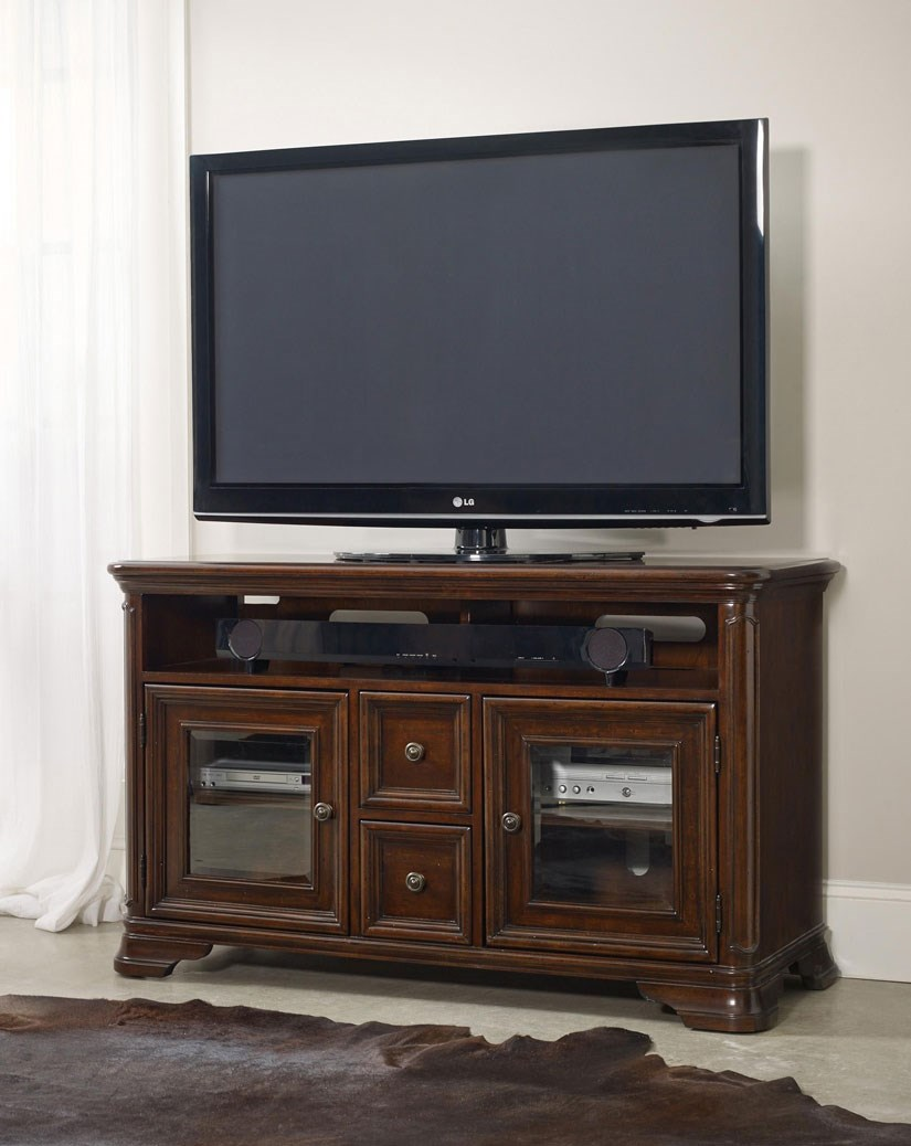 Attrayant Entertainment Console