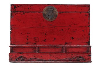 red trunk
