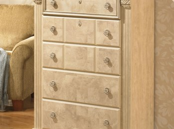 Ashley Signature Furniture Chest of Drawers