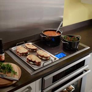 Enjoy The Flexibility Of Cooking With Up To 4 Pots Pans Griddles In Any Combination Shape Or Size Freedom Move