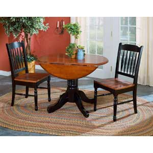 AAmerica British Isles Dropleaf Table and Chairs