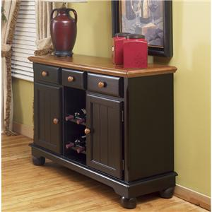AAmerica British Isles Dining Room Server