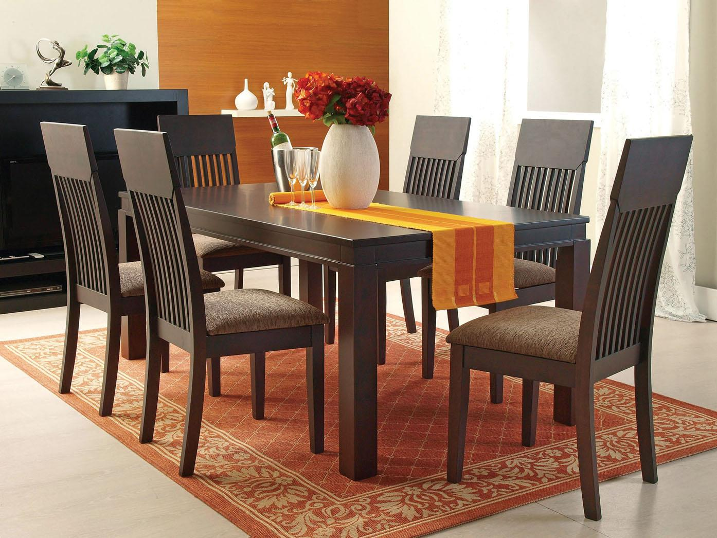 Casual 7-Piece Dining Table and Chair Set