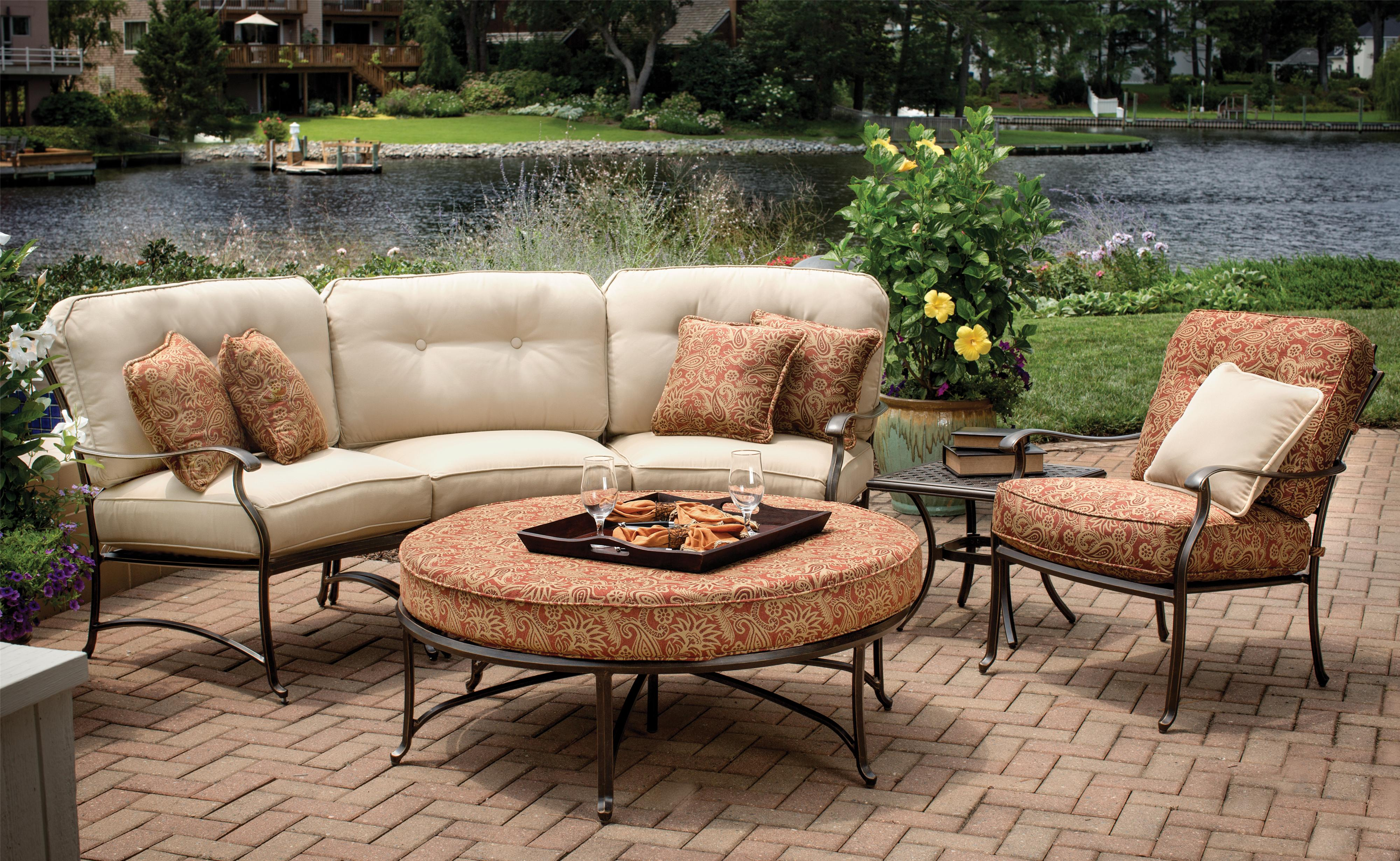 Agio Heritage Semi Round Sectional Chat Set AHFA Outdoor