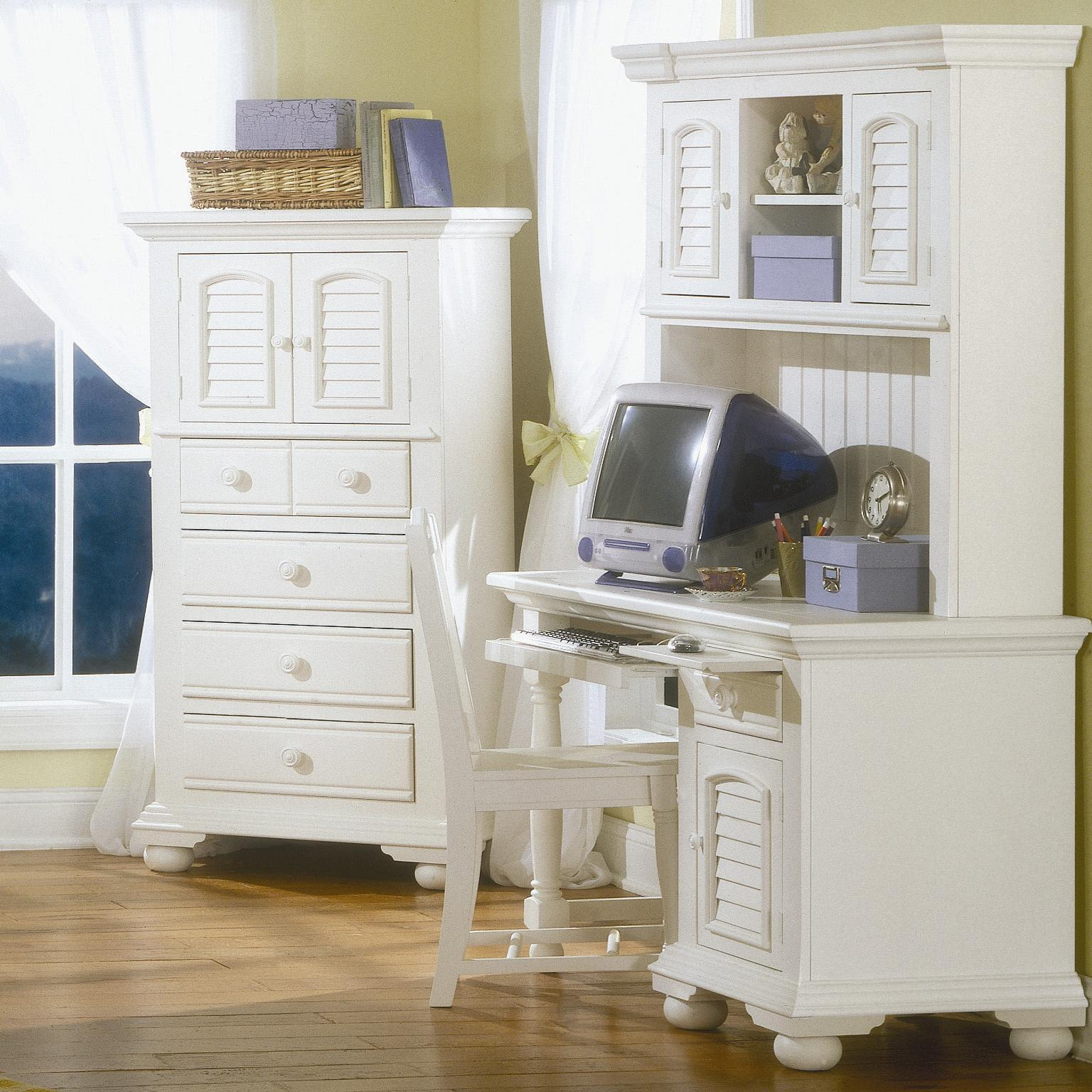American Woodcrafters Cottage Traditions Youth Desk with Hutch - Item Number: 6510-342+546