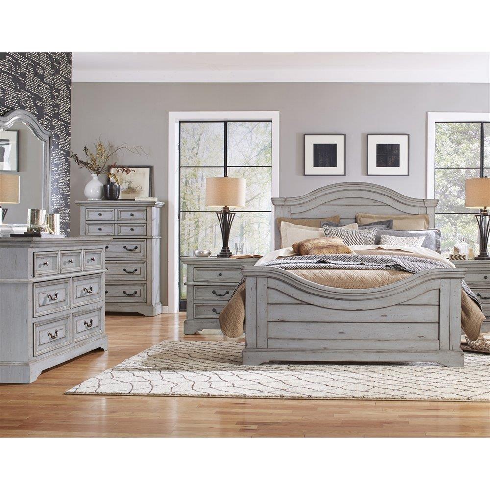 Furniture Stores Bedroom: American Woodcrafters Stonebrook Queen Bedroom Group