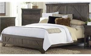 Cedar Lakes King Bed
