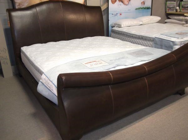 Artage International Jackson Upholstered King Sleigh Bed - Item Number: 100009