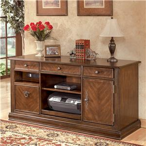 Signature Design by Ashley Furniture Hamlyn Large Credenza